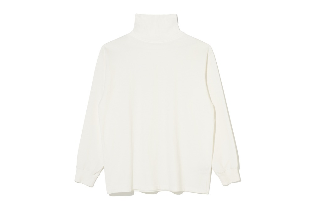 Turtle Neck T- Shirt(Off White)