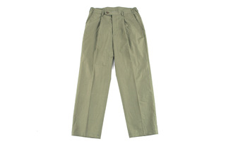 Easy One Tuck Pants (Light Khaki)