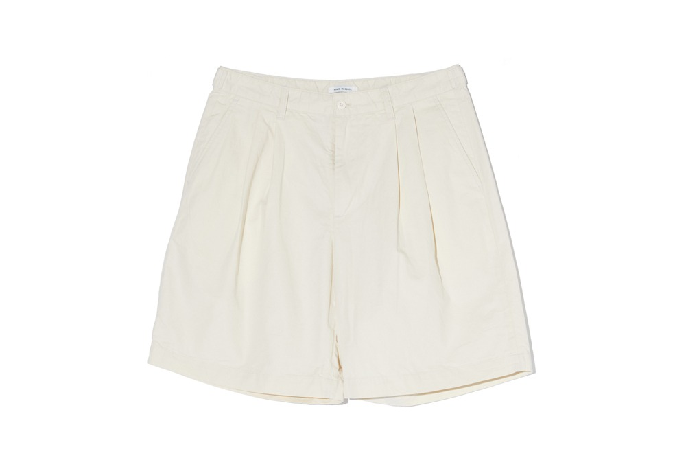 Wide Chino Shorts (Cream)